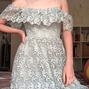 Off-the-shoulder lace dress in mint green